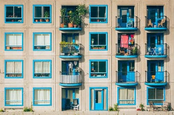 apartments-1845884_640-1